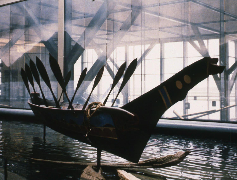 2010-FNA-tim-paul-whaling-canoeYVR